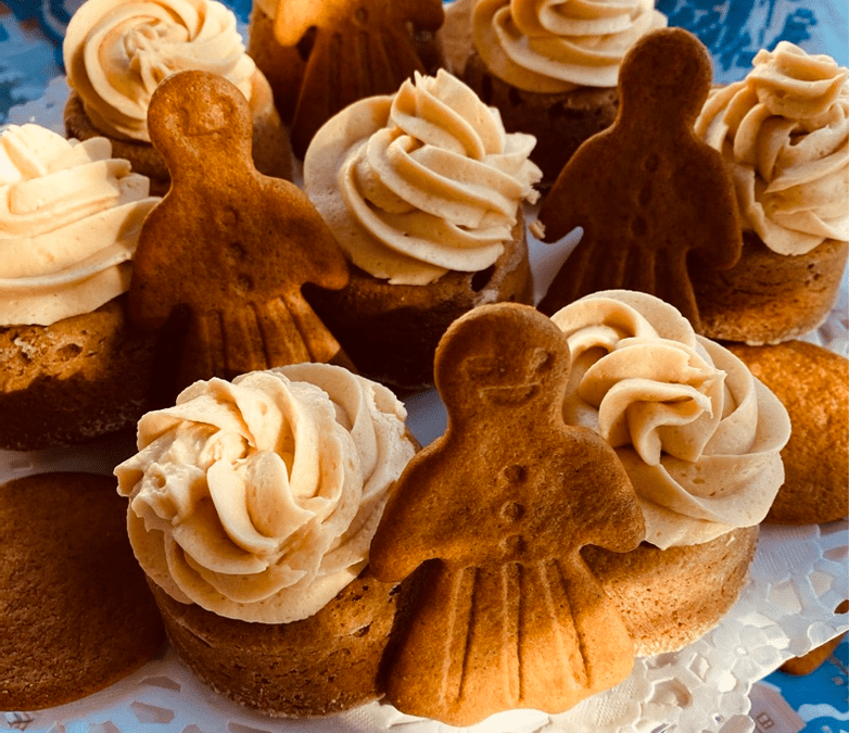 Little Gingerbread Cakes